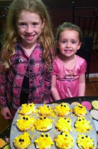 Kiera and Riley and chick cupcakes